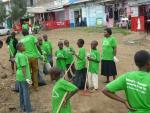Hope for poor and sick - community cleaning of Nairobi 3