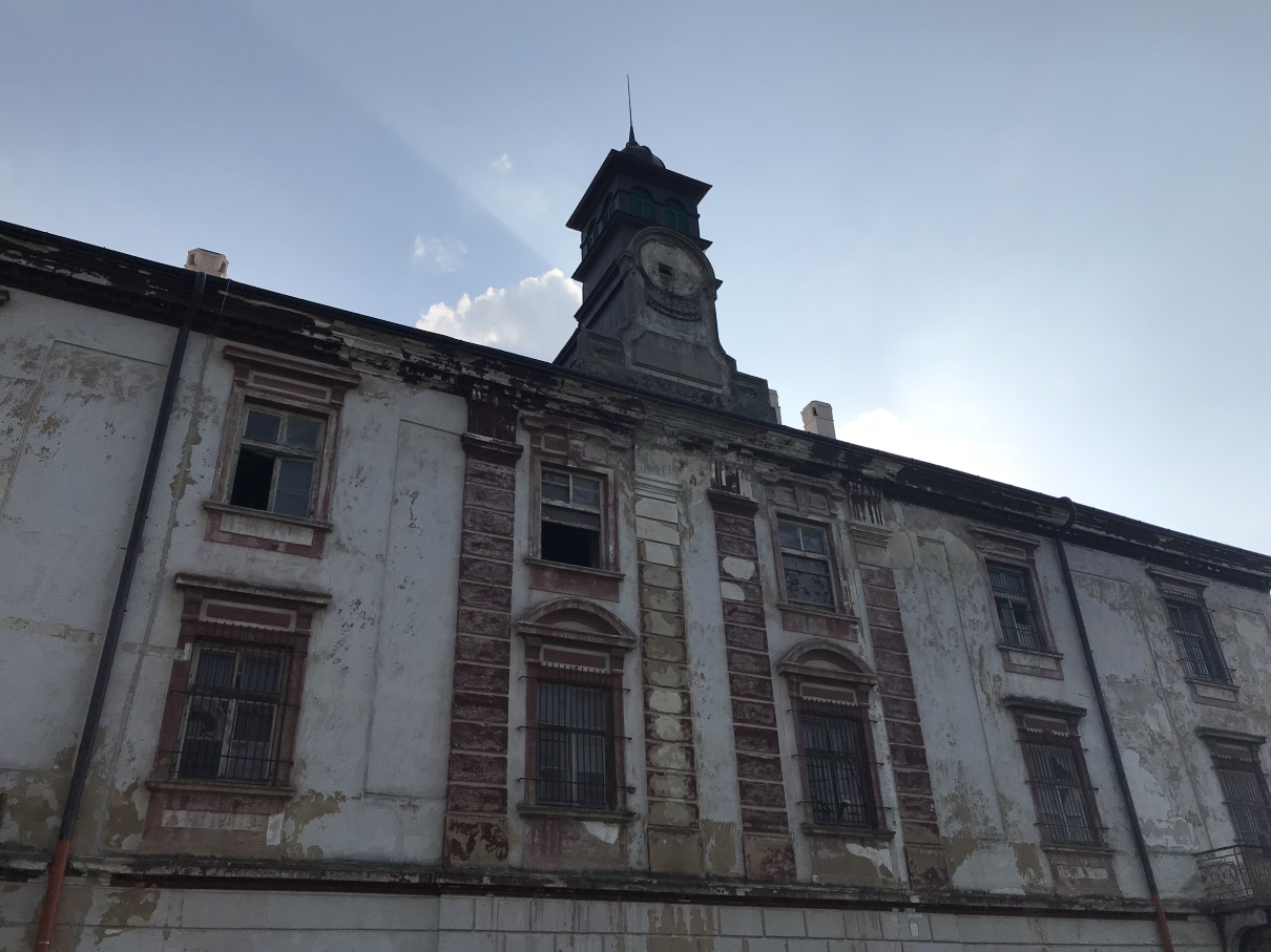Foto: Výchovný ústav pre mládež sídlil na zámku v Hlohovci od päťdesiatych do deväťdesiatych rokov minulého storočia. Peter Senko (2018)